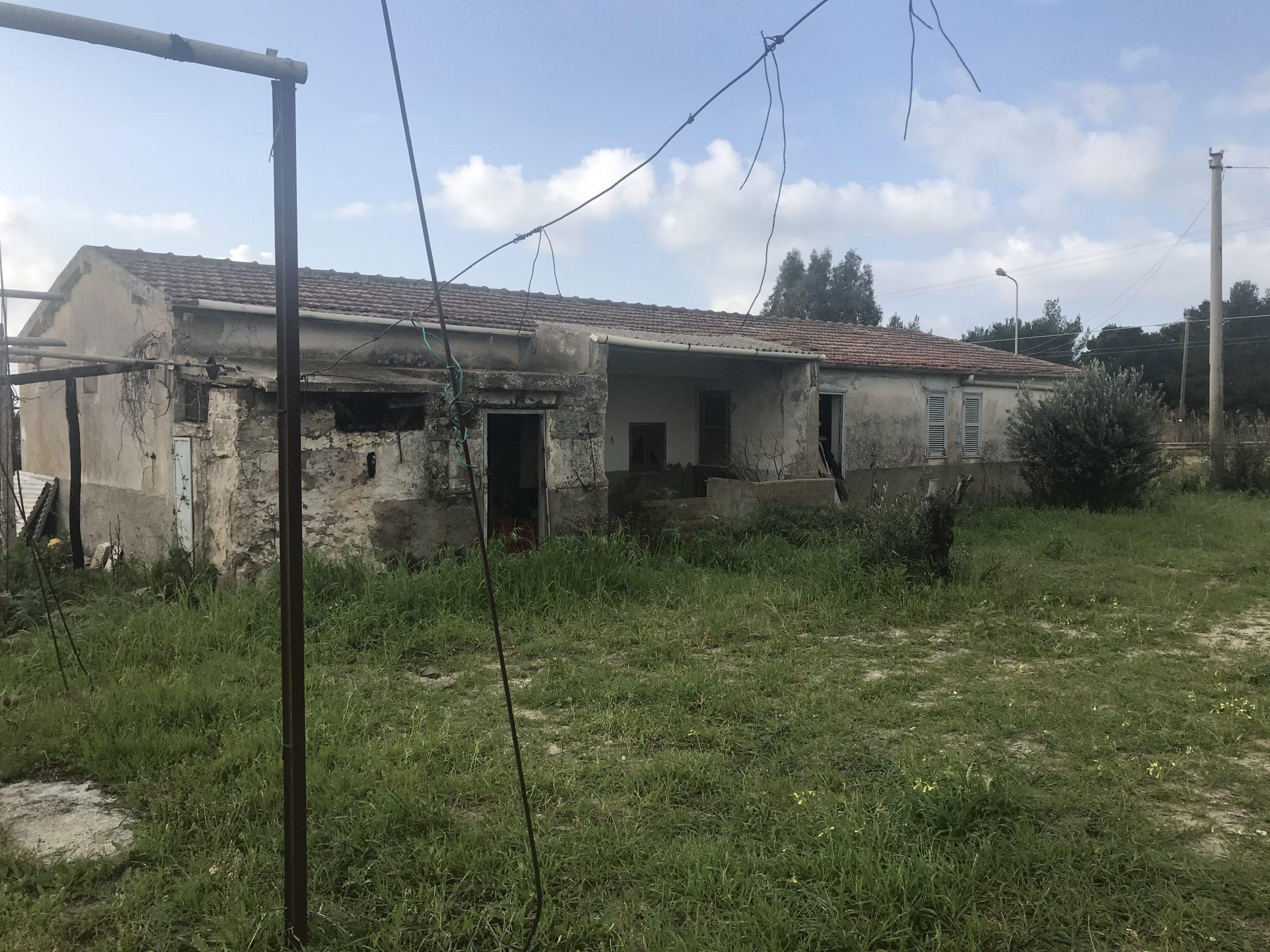 Casa in vendita in contrada Desusino s.n.c., Butera