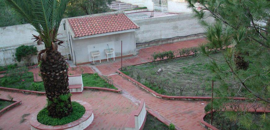Edificio multiuso in vendita in contrada Desusino s.n.c., Butera